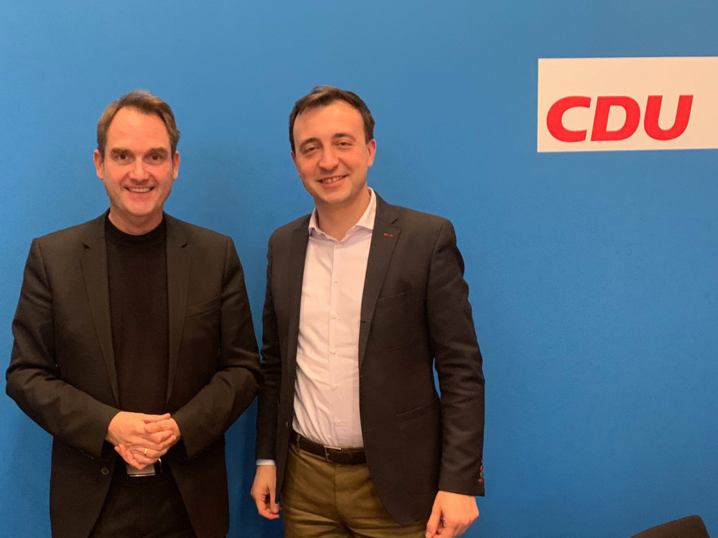 CDU General Secretary Paul Ziemiak (right) and GRÜN CEO Dr. Oliver Grün (left) at a meeting on the VEWA software project in Berlin.