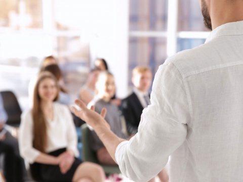 Das Pädagogische Landesinstitut (PL) bietet als zentraler Dienstleister ein umfassendes und gut vernetztes Angebot an Fort- und Weiterbildungen sowie IT-Dienste für Schulen und Lehrkräfte in Rheinland-Pfalz an.
