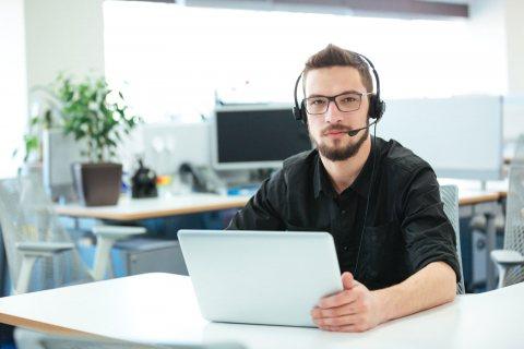 Die Notfall-Support-Hotline steht allen VEWA-Kunden zur Verfügung, unabhängig davon, ob diese einen Software-Pflegevertrag mit der GRÜN Software AG abschlossen haben.