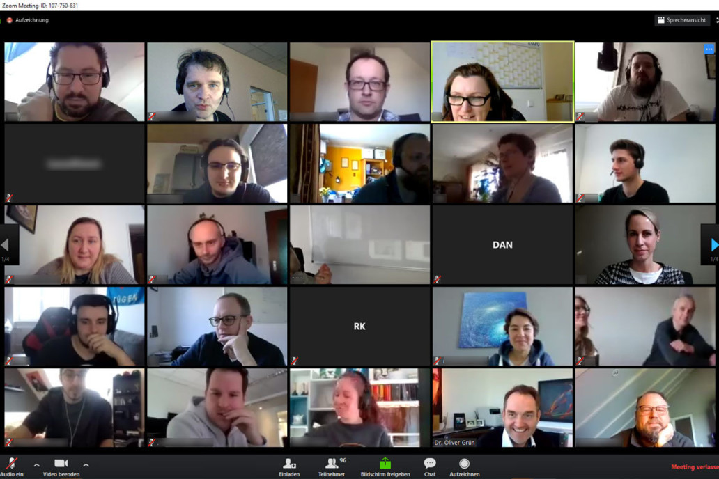 Online meetings in customer projects can be carried out via video conferencing platforms.
